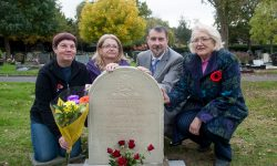frederick-stokes-headstone-and-relatives