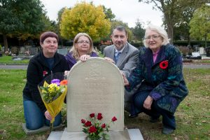 United with grave of their great uncle, Julie Hughes and Angela Mason, with Glen Speak, deputy manager of Tamworth Co-op funeral division, and Diane Wells, former Mayoress of Tamworth and a local history enthusiast.
